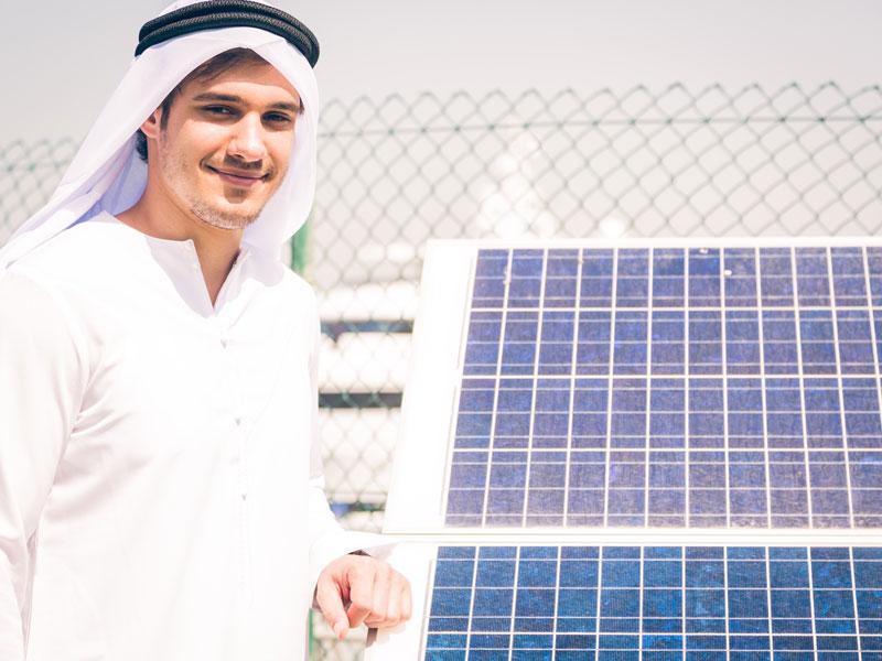 ドバイで開催された中東最大規模の太陽光発電関連展示会の模様を紹介 Part1