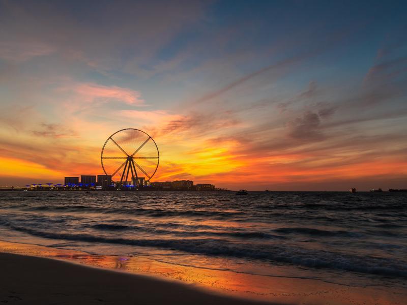 ドバイ最新注目スポット 新たな人工島、島内に世界一の観覧車や高級ホテルなどが開業へ