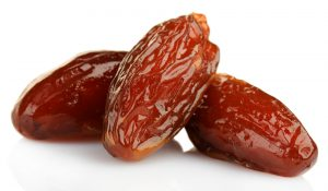 see-what-happens-to-your-body-when-you-eat-dates-every-day