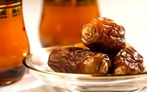 dates-tea-ramadan-20140616