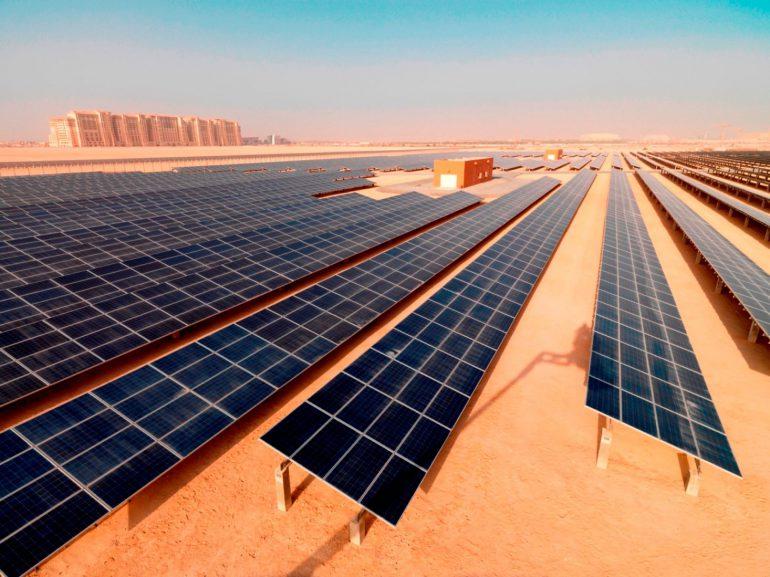 the-10mw-solar-photovoltaic-plant-in-masdar-city-e1402101551619