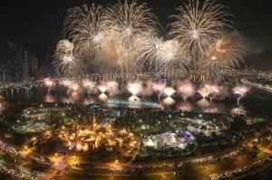 【UAEが世界最大の花火でまたギネス記録を更新!】豪華絢爛カウントダウンをお届け!の画像